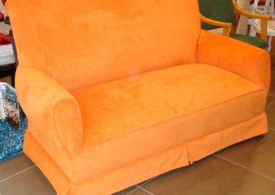 sofa-clasico-naranja